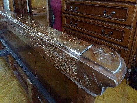 Так выглядела мебель до начала работ по реставрации