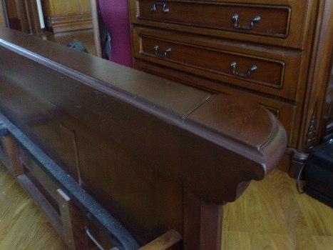 Это уже готовая мебель после проведения работ нашим мастером